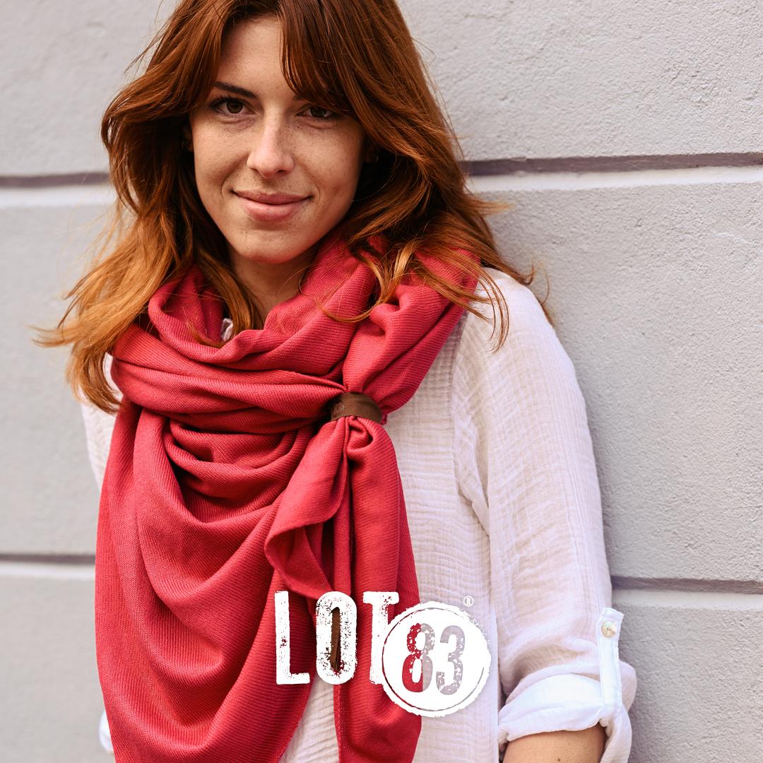 Lot83, Fien, Pink